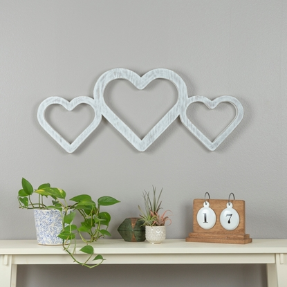 Picture of Large White Triple Heart
